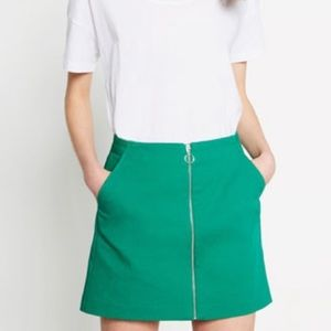 🌼 3/$20 ZARA Trafaluc Retro High Waist Zip Skirt